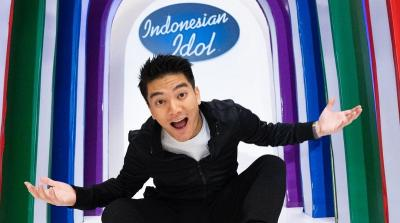 Jadi Host Baru, Boy William Jaga Sopan Santun ke Juri Indonesian Idol