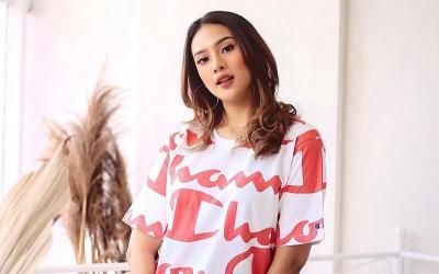 Hot Gosip: Gading Marten Abadikan Anya Geraldine Mandi hingga Arya Saloka 'Cinta' Amanda Manopo