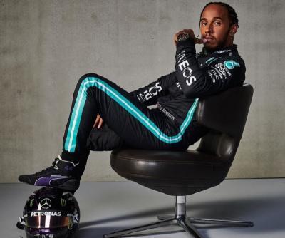 Positif Covid-19, Lewis Hamilton Alami Gejala Ringan