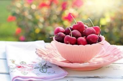 5 Manfaat Buah Ceri, Redakan Asam Urat hingga Kurangi Tekanan Darah