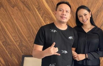 Vicky Prasetyo dan Kalina Ocktaranny Resmi Umumkan Tanggal Nikah