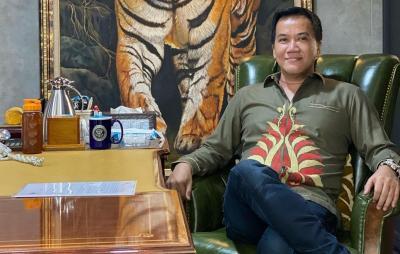 Crazy Rich Pondok Indah Tawar Rumah Ahmad Dhani Rp100 M, Siapa Dia?