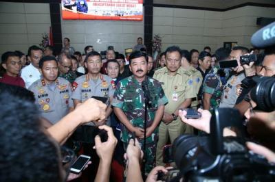 Kapolri dan Panglima TNI Diharapkan Bertemu Habib Rizieq, Ini Kata FPI