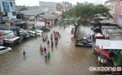 Waspada Banjir Jakarta, Anak Buah Anies Giatkan Program Grebek Lumpur