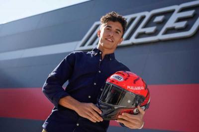 Marc Marquez Bakal Gunakan Helm MotoGP 2020 di Musim Depan