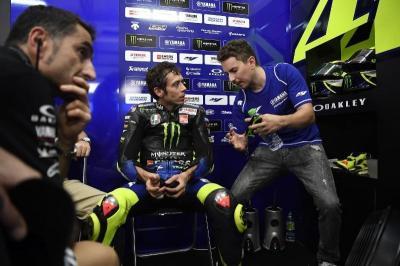 Posisi Putranya di Yamaha Direbut Crutchlow, Ayah Lorenzo Beri Tanggapan