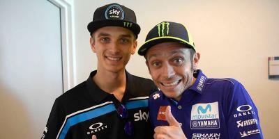 Lebih Dikenal sebagai Adik Rossi, Luca Marini Kasihan dengan Ayahnya