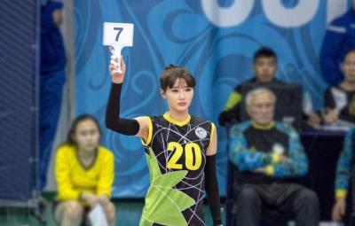 5 Fakta Sabina Altynbekova, Pevoli Cantik nan Seksi dari Kazakhstan