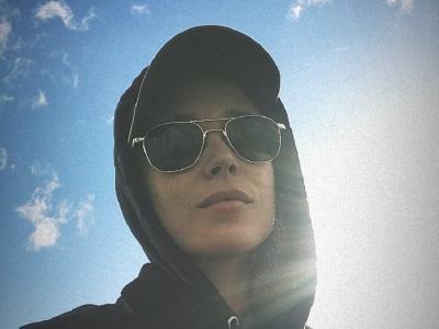 5 Potret Ellen Page yang Umumkan Jadi Transgender, Kini Panggil Dia Elliot Page