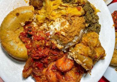 5 Tempat Makan Nasi Kapau di Jakarta, Legendaris Banget