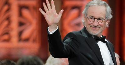 Diancam Penguntit, Steven Spielberg Dapat Perlindungan dari Pengadilan