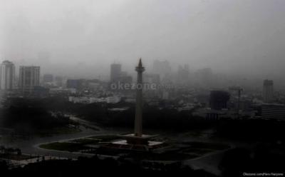 BMKG Prakirakan Hujan Guyur Jakarta pada Sore dan Malam Hari