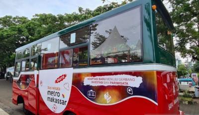 Makassar Luncurkan Bus Wisata Hasil Daur Ulang Mobil Sampah