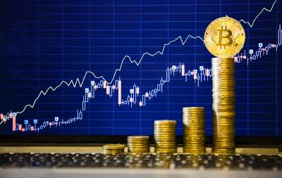 Harga Naik Gila-gilaan, Mau Coba Investasi Bitcoin?