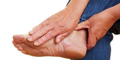 Lakukan 5 Cara Efektif Ini Supaya Terhindar dari Sakit Asam Urat