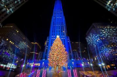 Masih Pandemi, Pohon Natal Ikonik di New York Boleh Dikunjungi Cuma 5 Menit