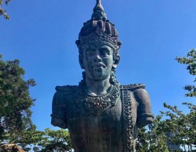 Kembali Dibuka, Ratusan Wisatawan Serbu GWK Cultural Park Bali