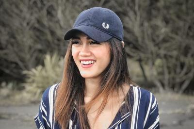 YouTuber Jessie Amalia Akui Tak Nyaman Punya Dada Besar