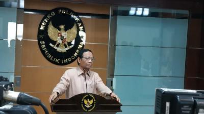Mahfud MD Ungkap Ada Gerakan Membonceng Nama Habib Rizieq, FPI & 212