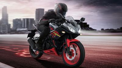 Siap Saingi Yamaha R15, Honda Luncurkan CBR150 R di Thailand