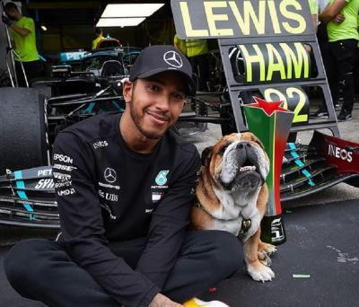 Belum Amankan Kontrak Lewis Hamilton untuk F1 2021, Mercedes Tak Khawatir