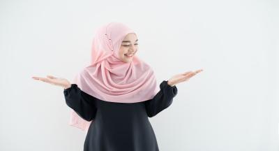Tren Busana Muslim 2021, Simpel dan Kasual Bernuansa Pastel