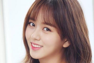Kim So Hyun Resmi Tinggalkan Agensi E&T Story Entertainment