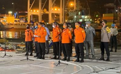 Hari Ke-7 Pencarian Sriwijaya Air, Basarnas Evakuasi 33 Kantong Jenazah