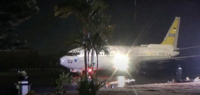 Gempa Mejene, TNI AU Evakuasi 2 Korban Gempa ke Makassar
