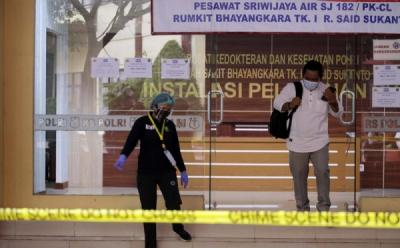 Tim DVI RS Polri Terima 351 Sampel DNA Keluarga Korban Sriwijaya Air SJ-182