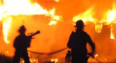 Kebakaran Landa Kawasan Kebon Nanas Jaktim