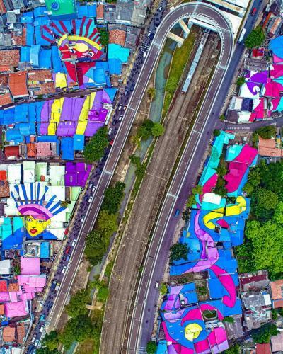 DKI Unggah Foto Genteng Berkelir di Fly Over Lenteng Agung, Warganet : Kapan Bisa Digunakan