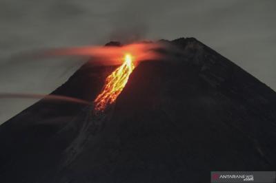 Ini Penampakan Letusan Elusif Gunung Merapi
