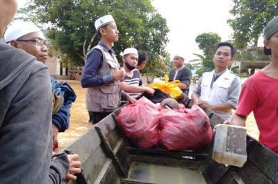 Rekening Diblokir, Eks Anggota FPI Patungan Kumpulkan Bantuan untuk Korban Bencana