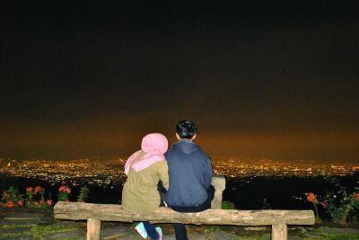 5 Destinasi Wisata Honeymoon Terbaik di Bandung, Bikin Cinta Membara