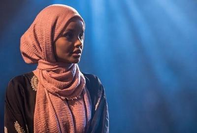 Takut Merusak Mental, Halima Aden Putuskan Mundur dari Dunia Modeling