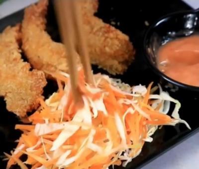 Resep Nasi Salad ala Restoran Jepang, Lezat dan Murah Meriah