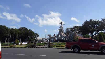 Imigrasi Cari Turis Amerika yang Viral Ajak WNA Pindah ke Bali