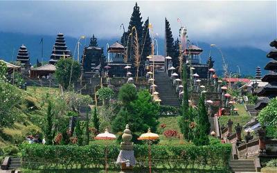 Kristen Gray Viral, Begini Aturan WNA Tinggal di Bali saat Pandemi Covid-19