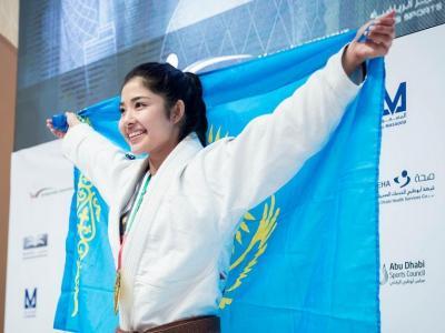 Tak Hanya Sabina Altynbekova, Kazakhstan Juga Miliki Moldir Mekenbayeva