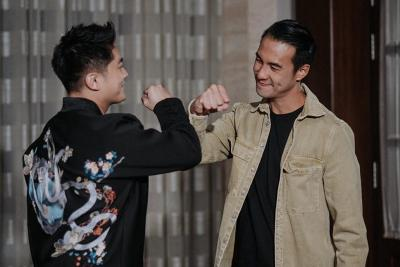 Daniel Mananta dan Boy William Tampil Bareng di Indonesian Idol