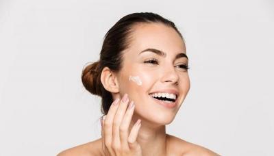 Tren Kecantikan dan Fashion 2021: Skin Care Lokal Makin Digemari