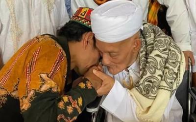 Habib Muhammad bin Ahmad Al-Attas Wafat, UAS Kenang Diberi Segumpal Uang