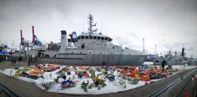 Pencarian Sriwijaya Air Terhambat Cuaca Buruk, Penyelam Standby di Kapal