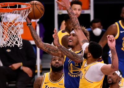 Dramatis, Golden State Warriors Tekuk LA Lakers 118-113