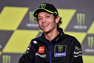 Petronas Yamaha SRT Ingin buat Rossi Bersenang-senang di MotoGP 2021