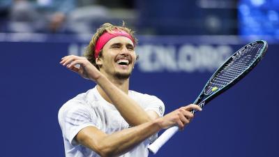 Alexander Zverev Berpisah Jalan dengan Roger Federer