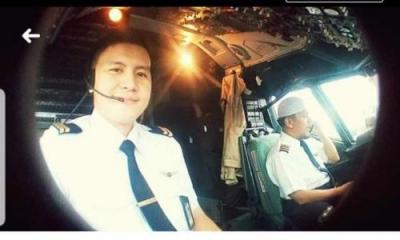 Rangkaian Upacara Pemakaman Co-Pilot Korban Sriwijaya Air Kapten Diego Mamahit