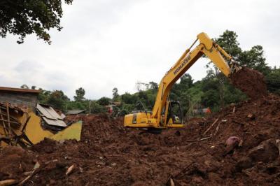Seluruh Korban Ditemukan, Operasi SAR Longsor Sumedang Dihentikan