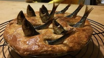 Asal Mula Stargazy Pie, Hidangan Pai Paling Seram Asal Inggris